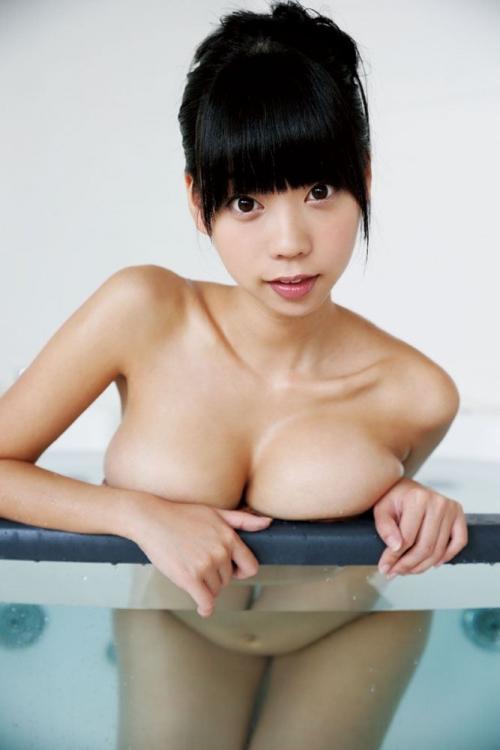 青山ひかる Iカップ グラビア 爆乳 13