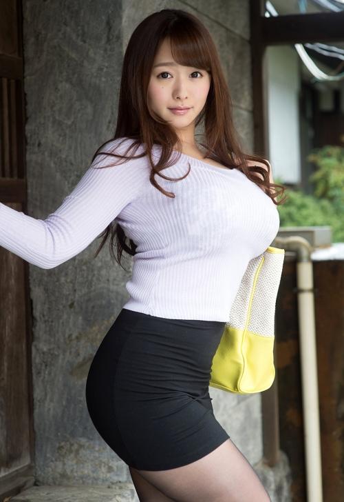 白石茉莉奈 Gカップ AV女優 人妻 02