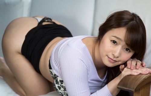 白石茉莉奈 Gカップ AV女優 人妻 14