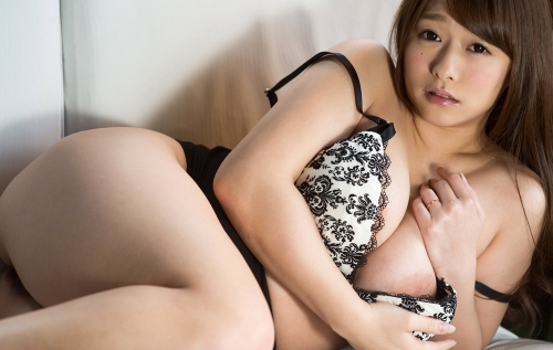 白石茉莉奈 Gカップ AV女優 人妻 17