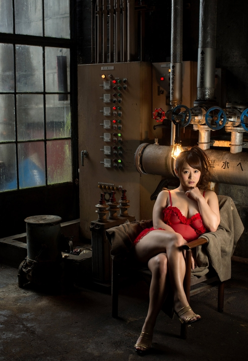 白石茉莉奈 Gカップ AV女優 人妻 56