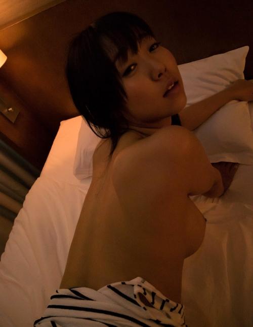 葉山美空 Fカップ AV女優 60