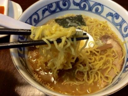 から正油麺