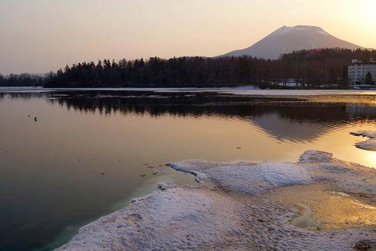 1504270529阿寒湖と雄阿寒岳