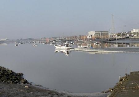 筑後川と百舌鳥 124