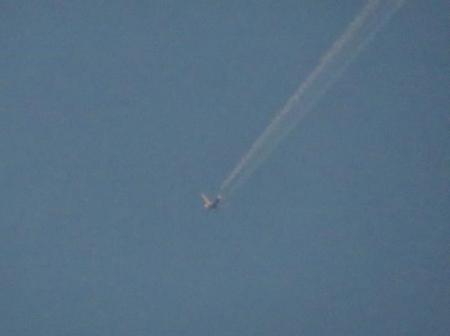 飛行機雲 014