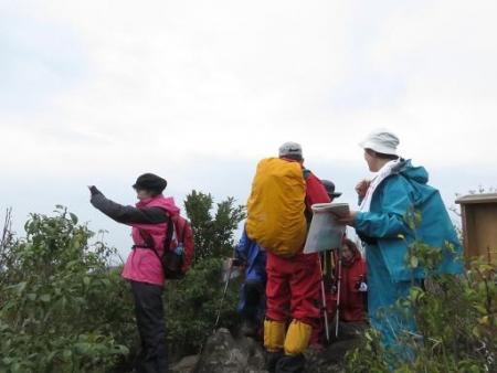 カラ迫岳山開き 白いリンドウ 152