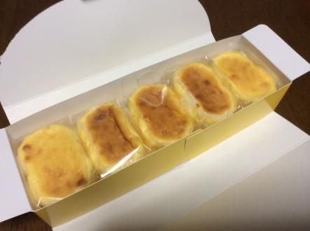 浜松の洋菓子店まるたやさんのスフレ