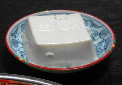 豆腐は優良タンパク源