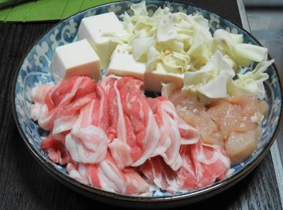 豚バラ・鶏胸・豆腐・ワンタン