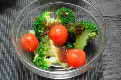 生ブロッコリーサラダ