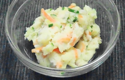 自家製ポテトサラダ