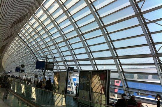 avingon station 02