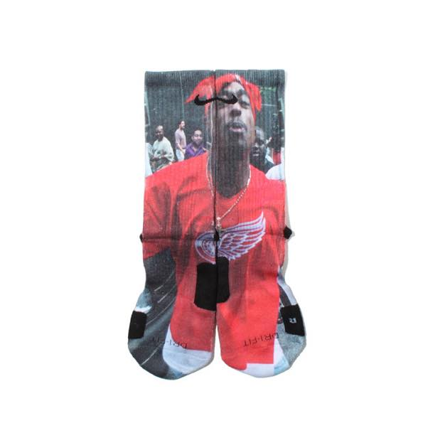 2pac_socks_growaroundelite_socks__3_tupac.jpg
