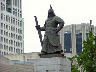 李舜臣 銅像