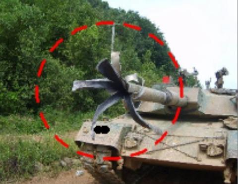 韓国 戦車砲 破裂