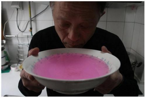 中国 ピンクの水道水2