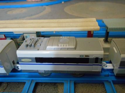 改造プラレール683系サンダーバード