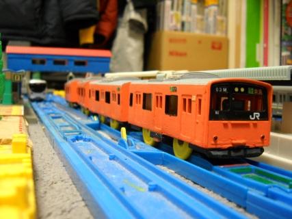 改造プラレールJR西日本201系(体質改善環状)