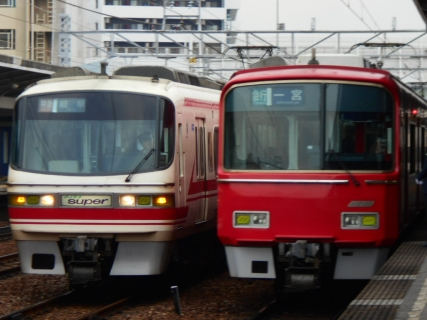 また名古屋でサクラ名鉄でも撮ってみる