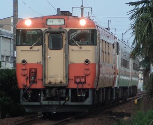 P6200319-b.jpg