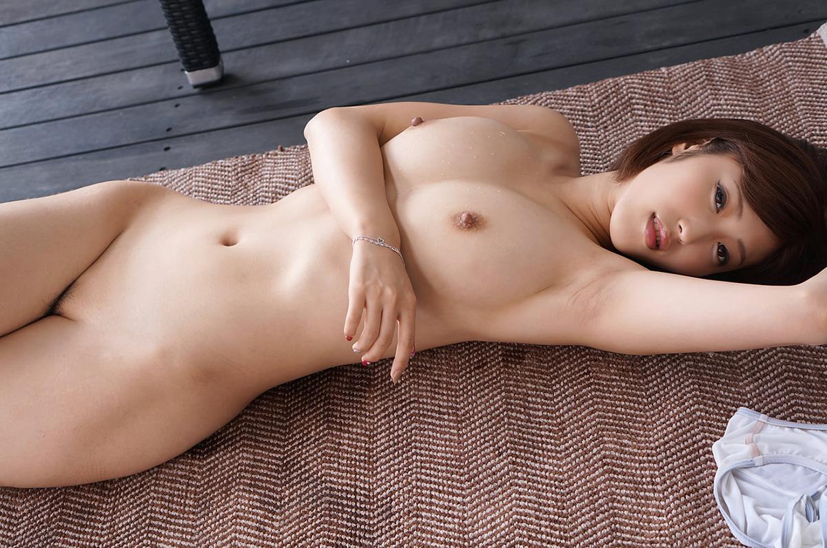 (No.22119) お乳 / 水野朝陽