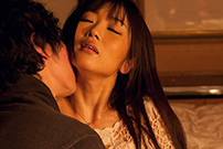 大槻ひびき ホテルでの濃厚ハメ撮りセックス画像