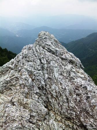 SH3H2155岩場と展望