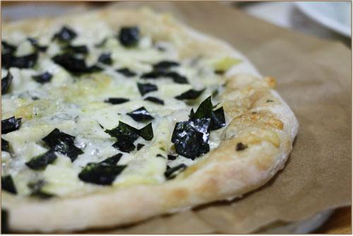 山椒ジェノベーゼのピザ (3)