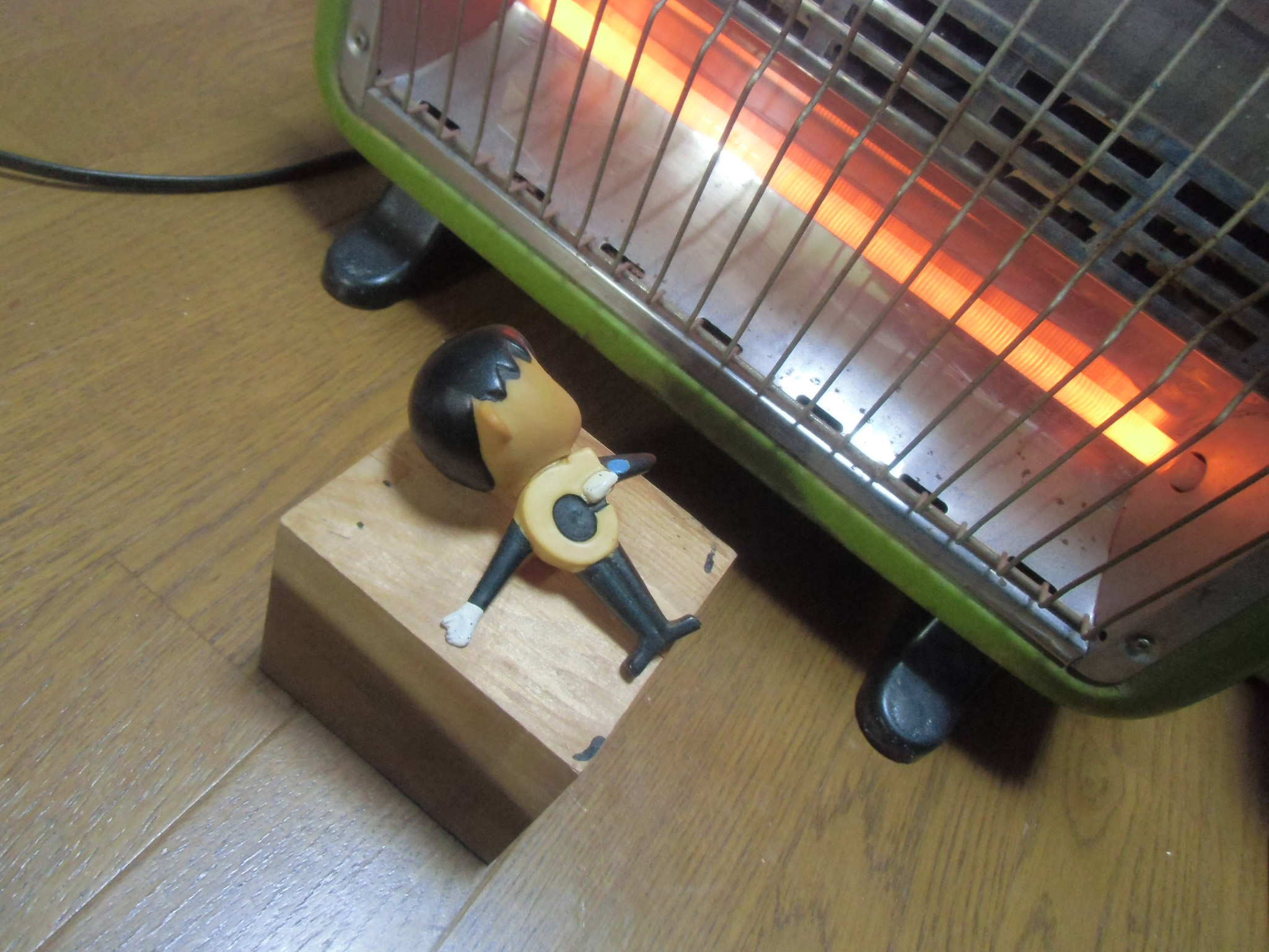 電熱で温めている