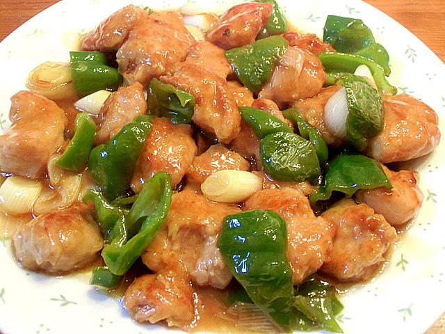 鶏とピーマン黒酢炒め