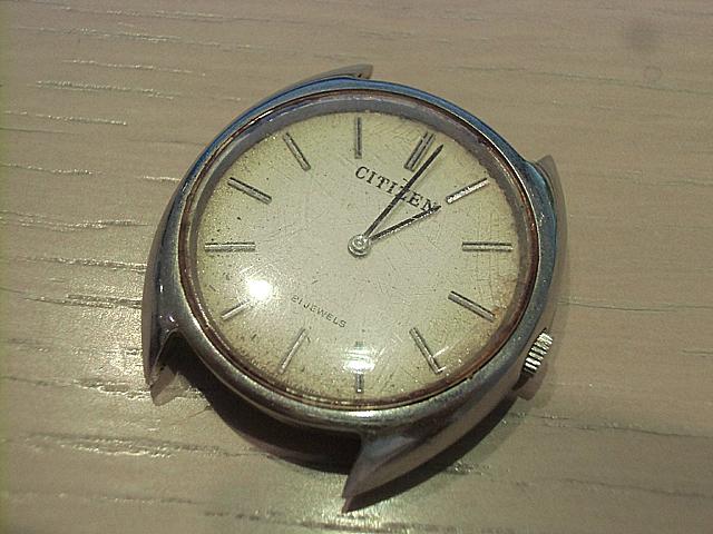 1-ジャンク扱いの時計