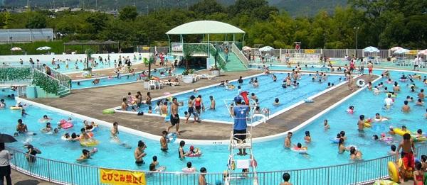 0706芥川緑地プールがオープン①