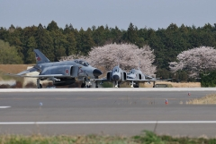Hyakuri AB_F-4EJ_383