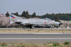 Hyakuri AB_F-4EJ_384