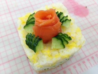 デコテク寿司ケーキ