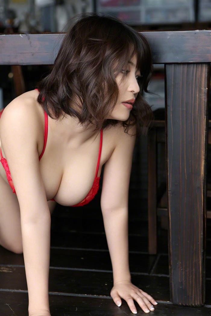 岸明日香 画像 25