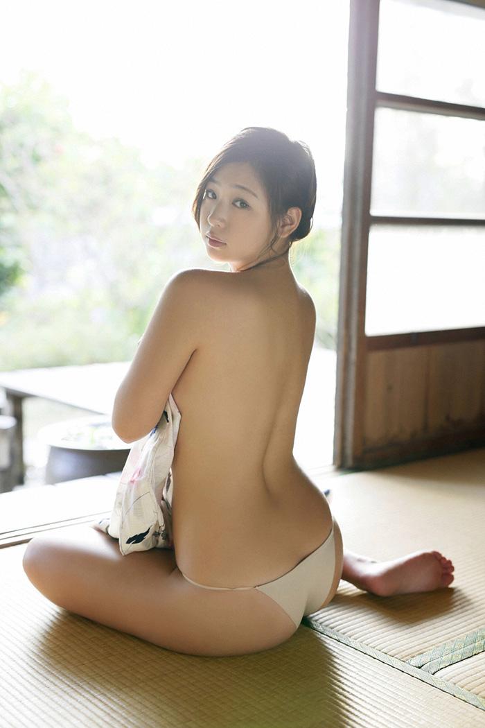 佐山彩香 画像 25