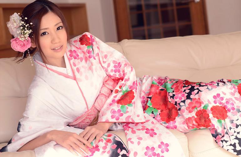 前田かおり 美しい着物姿と卑猥な美マン
