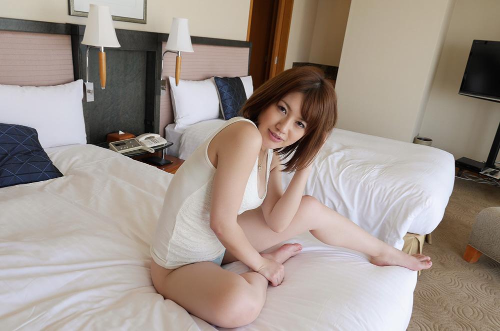 本田莉子 セックス画像 16