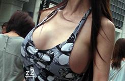 街中セックスアピール女wwwwww