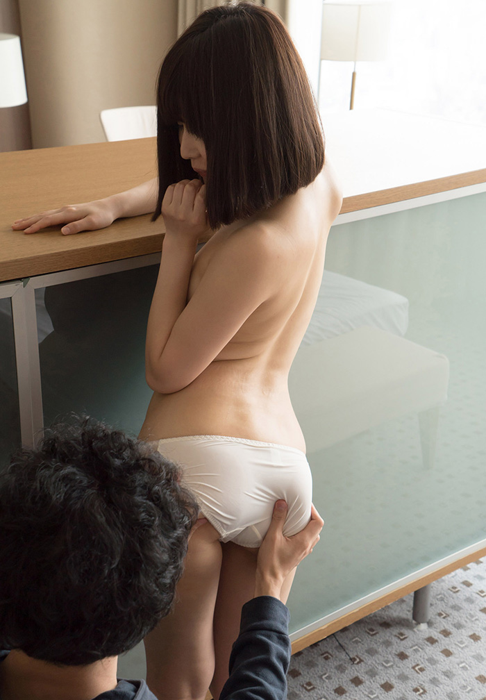 彩城ゆりな セックス画像 17