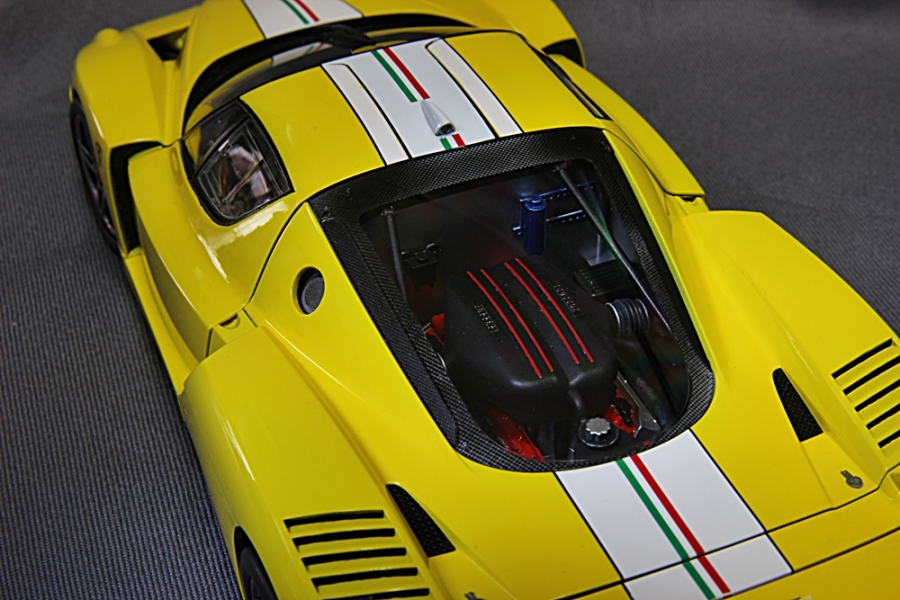 フェラーリFXX-7