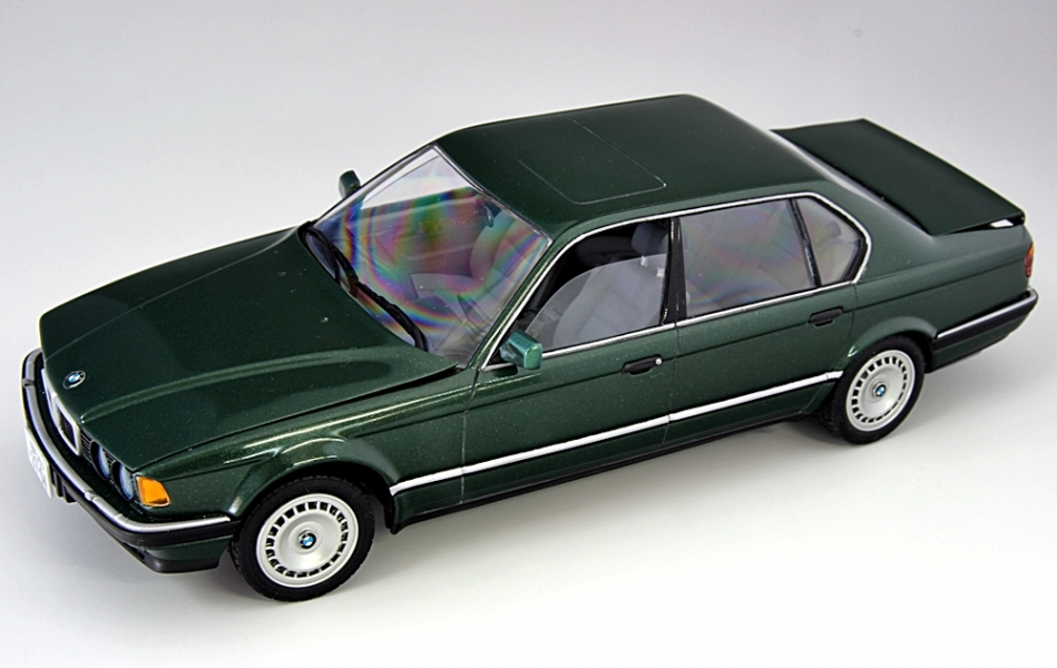 BMW750iL-1.jpg
