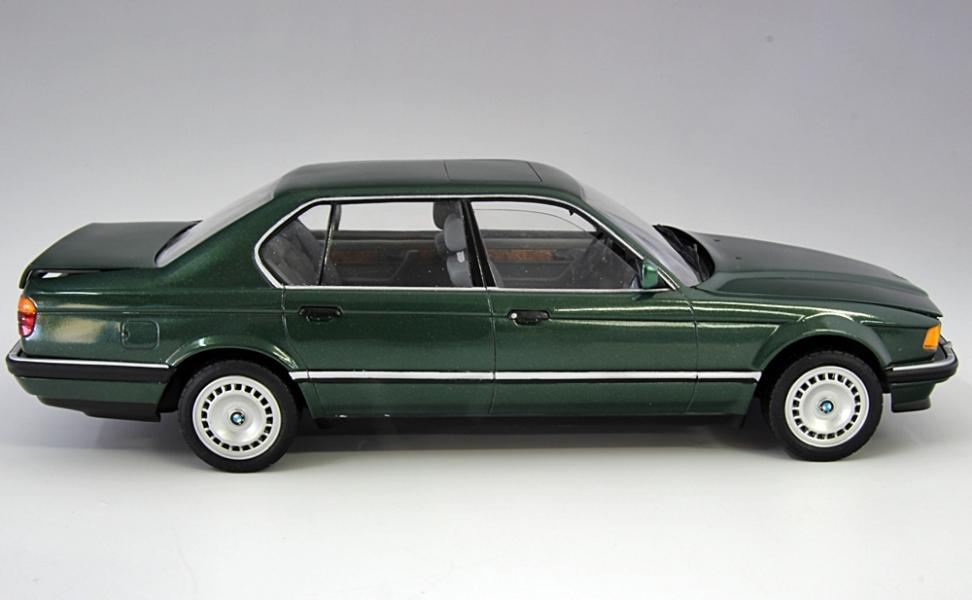 BMW750iL-4.jpg