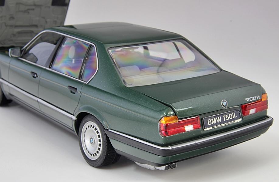 BMW750iL-.jpg