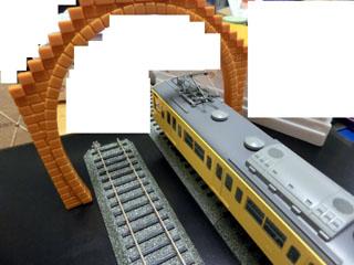 プラレール用ではないおもちゃのトンネルをHOゲージで検証