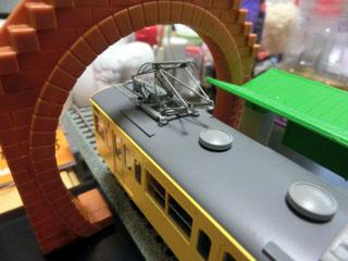 島式ホームの駅とトーマス用トンネルを使用した様子②