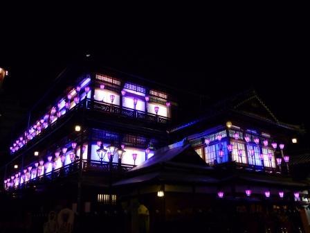 道後温泉本館 ライトアップ 2