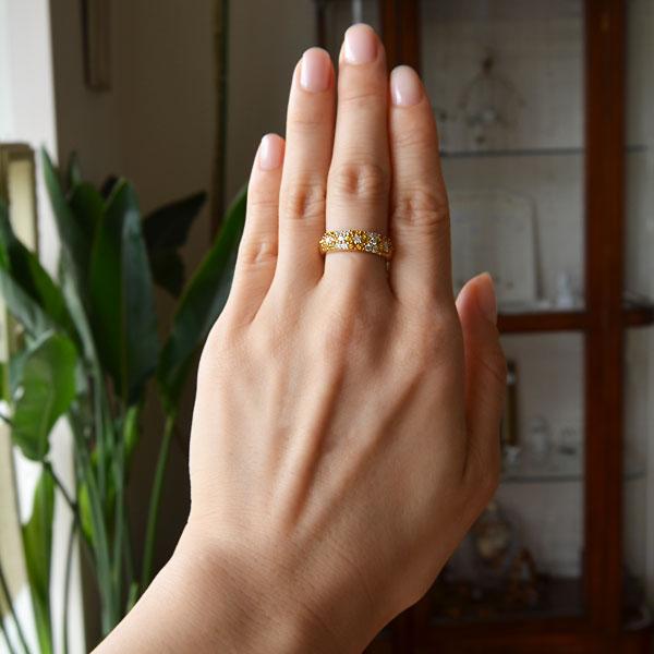イエローサファイアダイアモンドリング